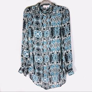 Two by Vince Camuto Snake & Leopard Print Blouse